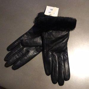 UGG Black Leather Cashmere Lined Gloves